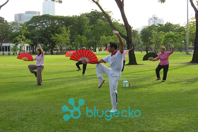 morning exercise in Lumphini Park